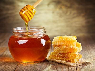 Vertu du miel pour les cheveux et le visage - Fromagerie Narbief
